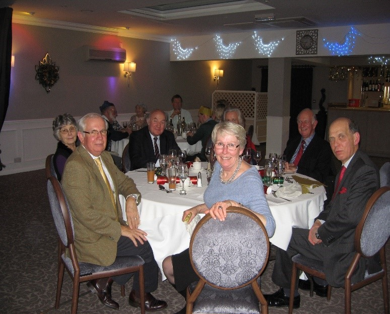 festive_dining_South_Wilts